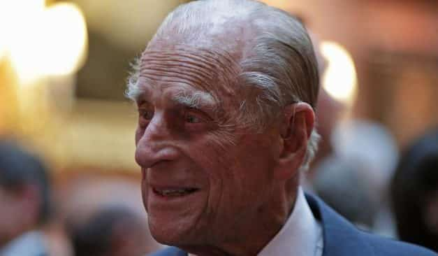 BREAKING: Prince Philip just having a nap