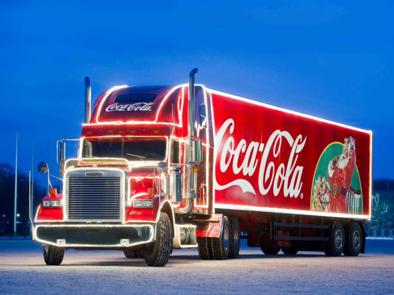 Officials prepare £25M BID to bring Coca-Cola Christmas Truck to Southend in 2016.