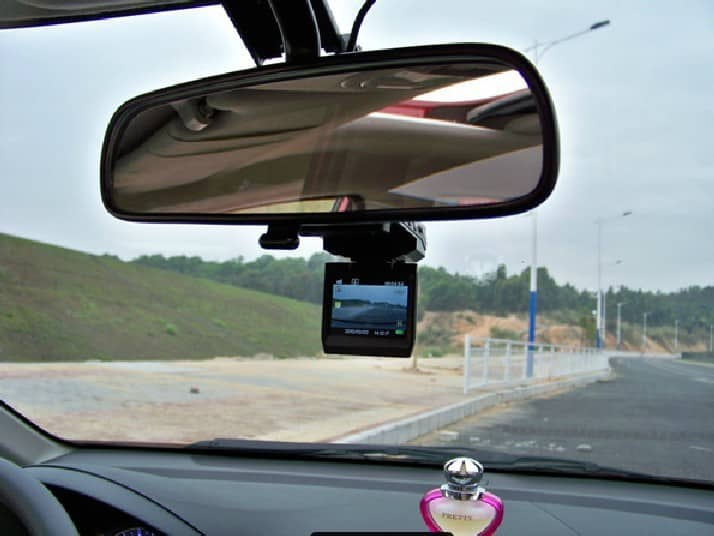 Southend officials BAN DRIVERS from using dashboard cameras near schools