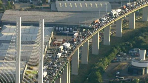 Dartford Crossing boss announces PEAK TOLL PRICING after day of traffic chaos