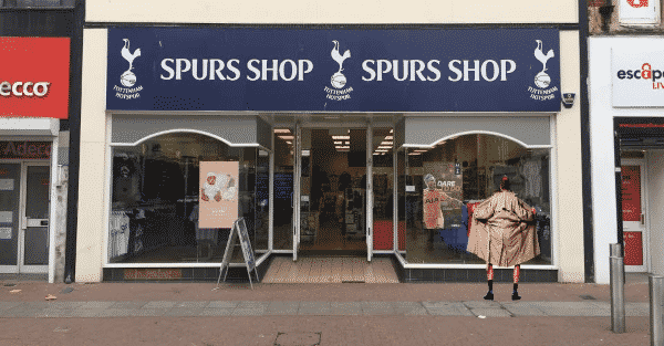 Police hunt FLASHING PROTESTER outside Tottenham Hotspur shop in Southend