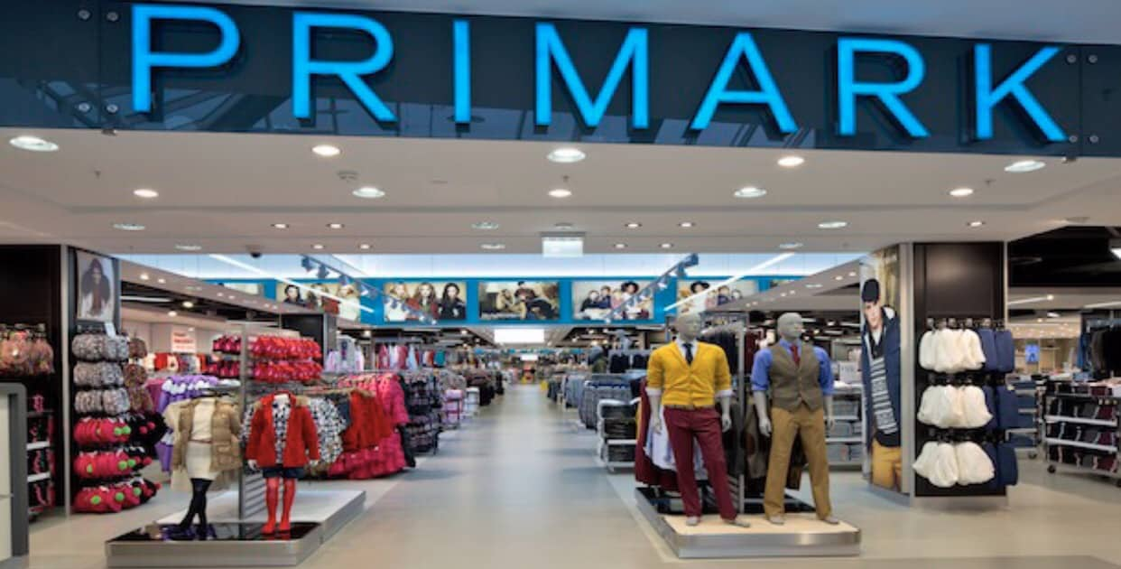 Man threatening to LOSE HIS SH*T if he is dragged into Primark