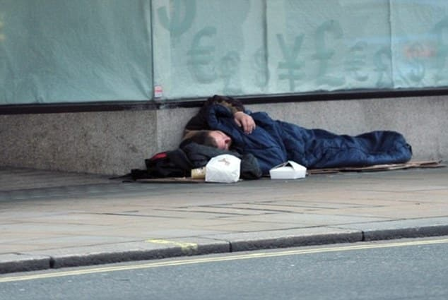 This is why all homeless people on the streets of Southend should be ARRESTED