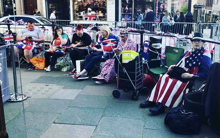 Windsor homeless FINALLY given blankets and allowed to sleep close to Royal Wedding